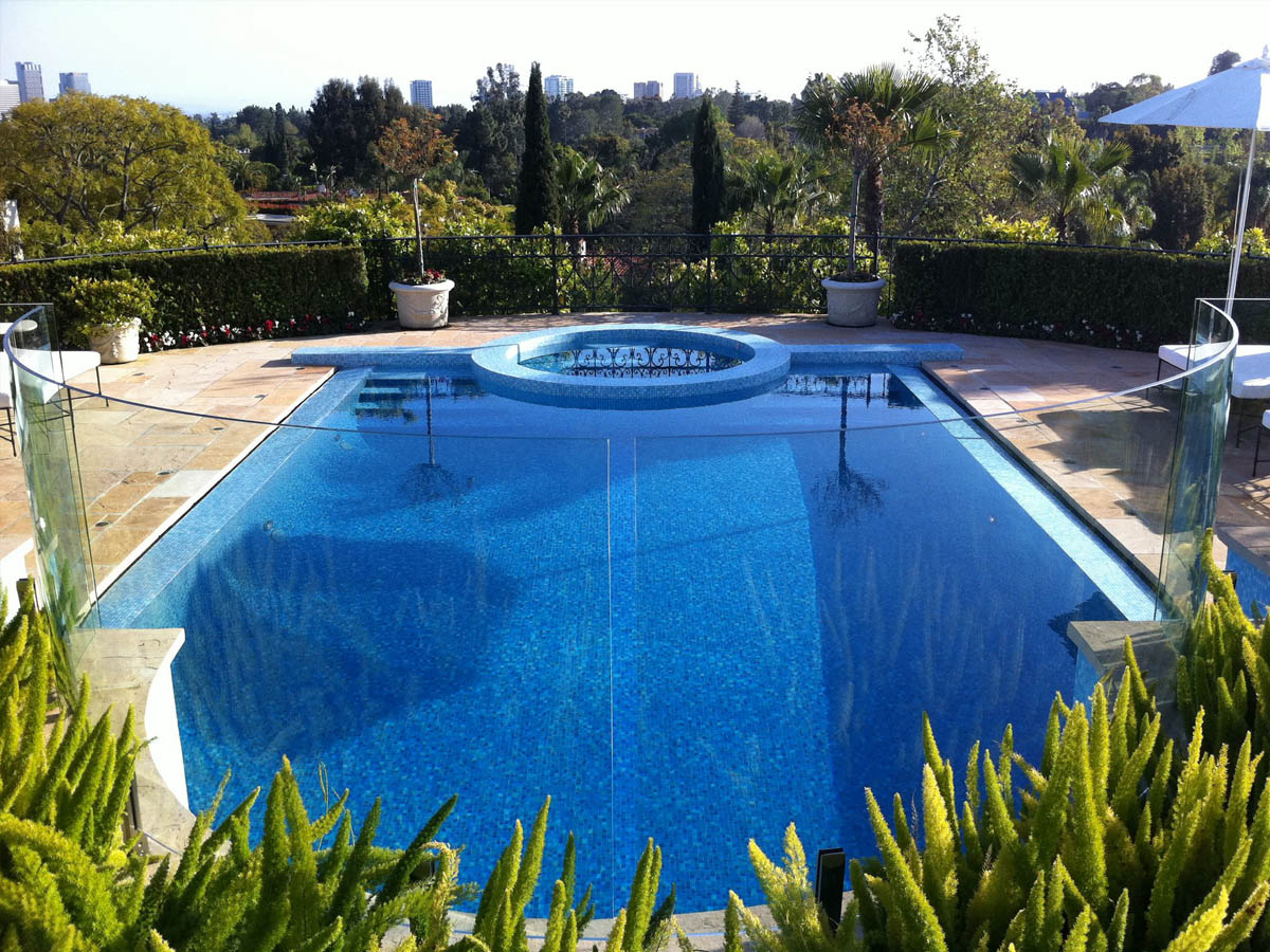 Glass pool fence in Orange County
