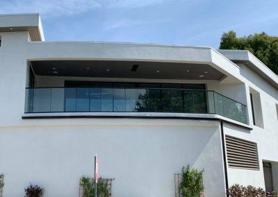 glass railing in Newport Beach 1