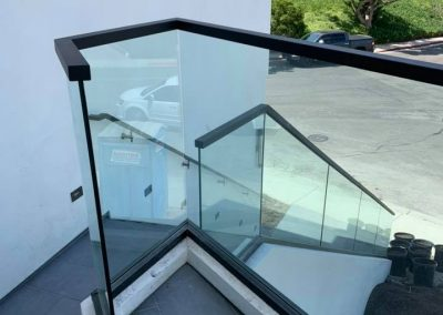 glass railing in Newport Beach 5